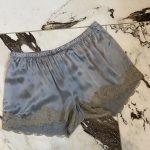 shorts lys grå